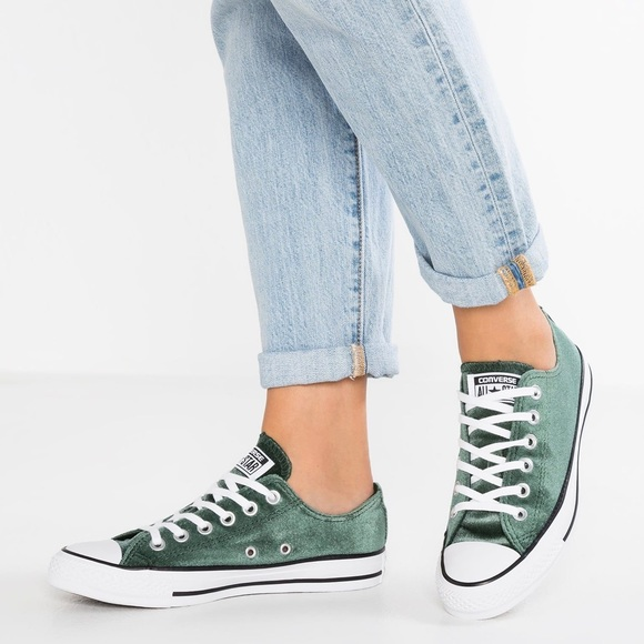 Women Converse All ⭐️Star Sneakers NWT